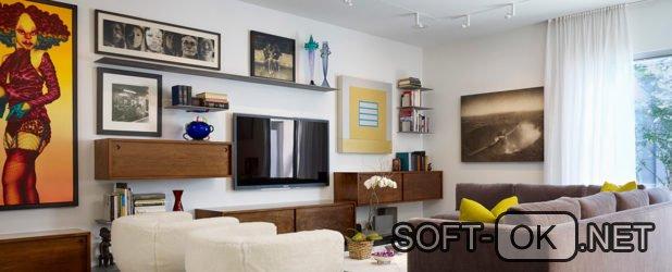 На какой высоте вешать телевизор в гостиной